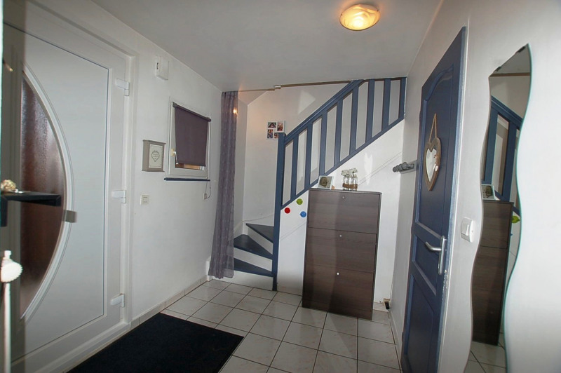 Sale house / villa Entzheim 299000€ - Picture 2
