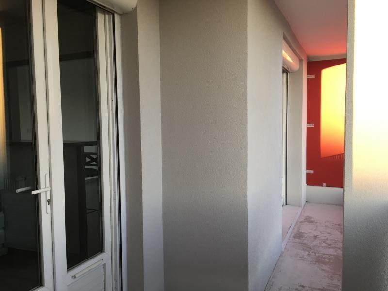 Location appartement Nimes 610€ CC - Photo 7