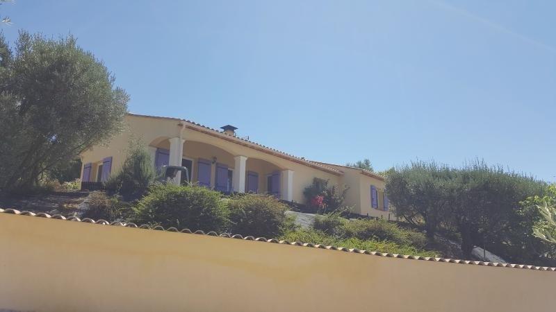 Vente maison / villa Callas 357000€ - Photo 4