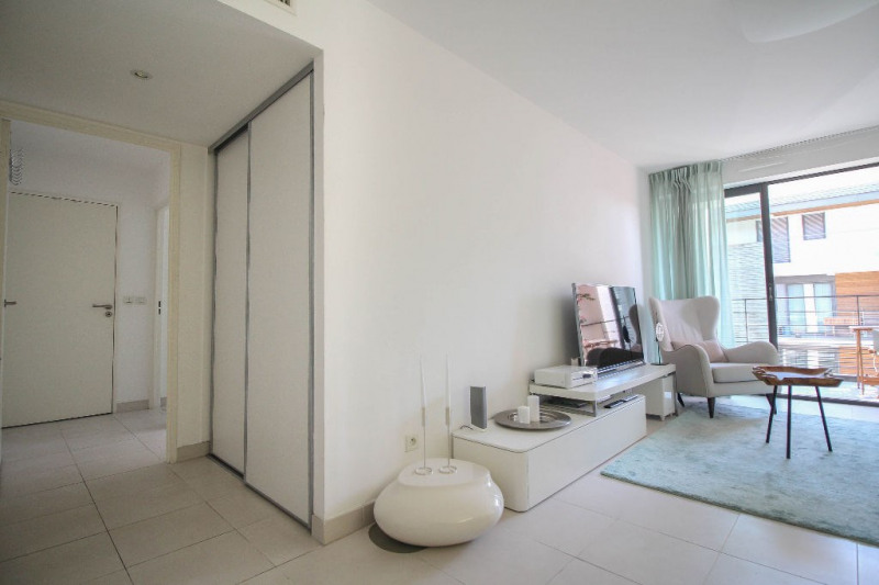 Deluxe sale apartment 06000 689 000€ - Picture 7