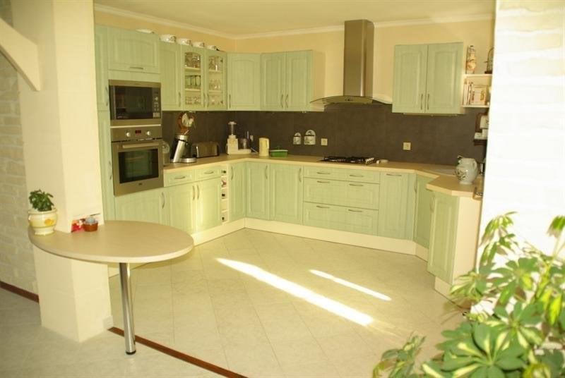 Sale house / villa Montlieu la garde 272000€ - Picture 4