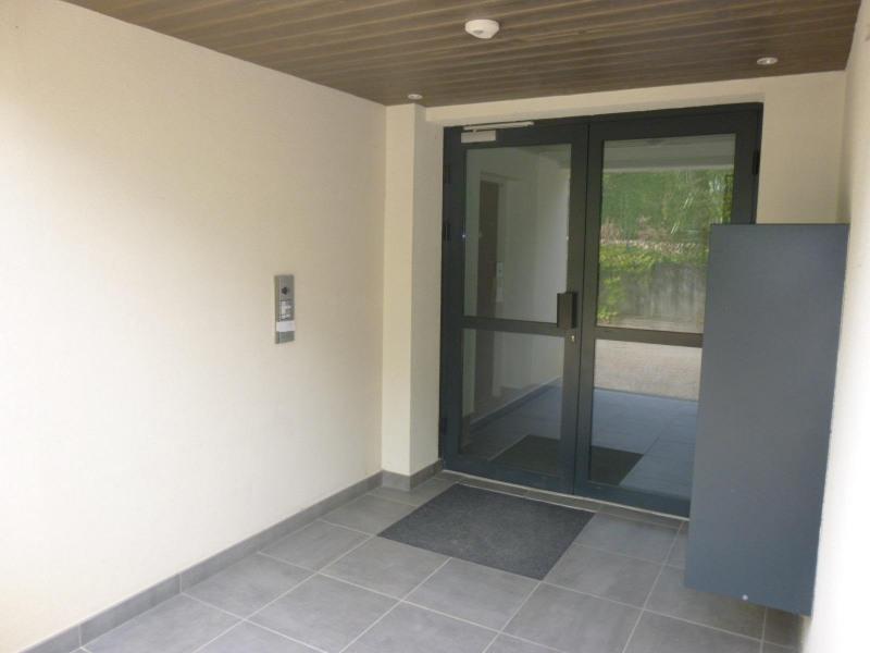 Rental apartment Crolles 772€ CC - Picture 8