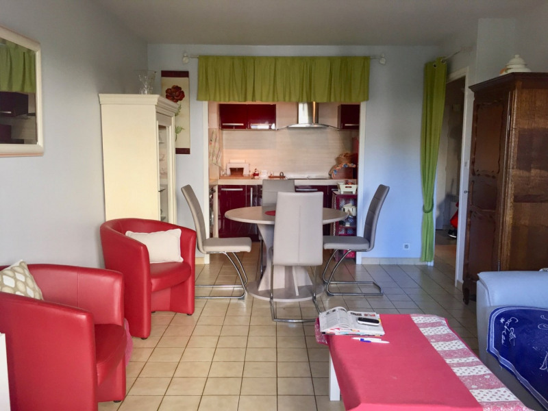 Sale apartment Les sables d olonne 147 700€ - Picture 4
