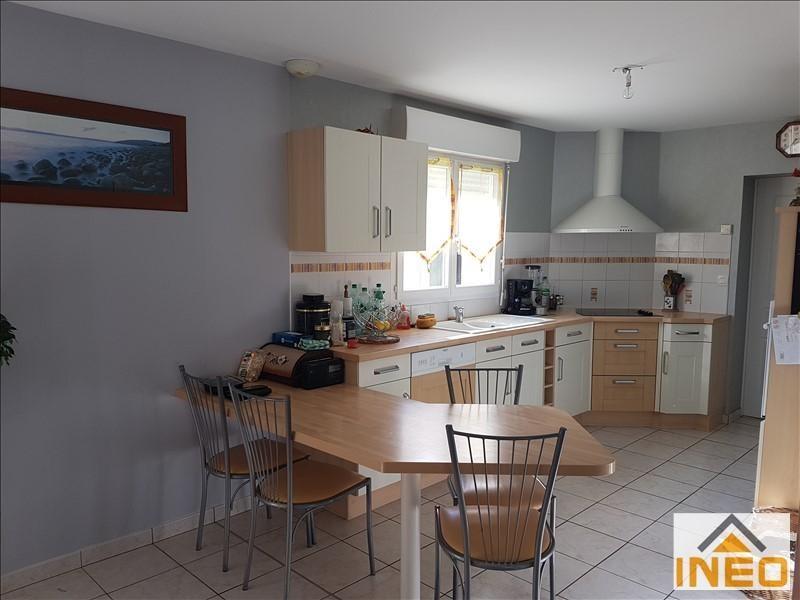 Vente maison / villa Montreuil le gast 256000€ - Photo 3