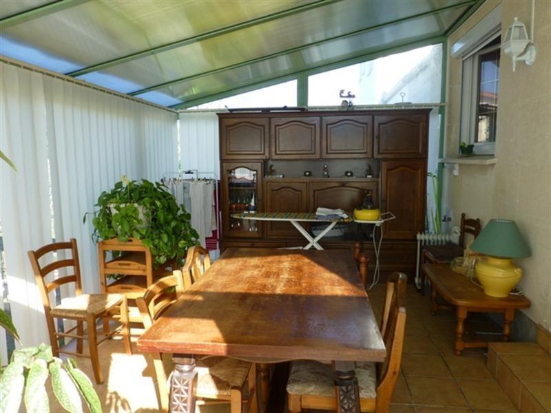 Sale house / villa Saint-jean-d'angély 127200€ - Picture 4