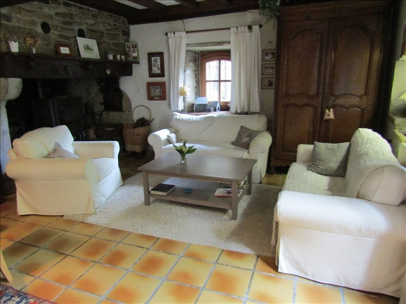 Sale house / villa Nay 322 000€ - Picture 2
