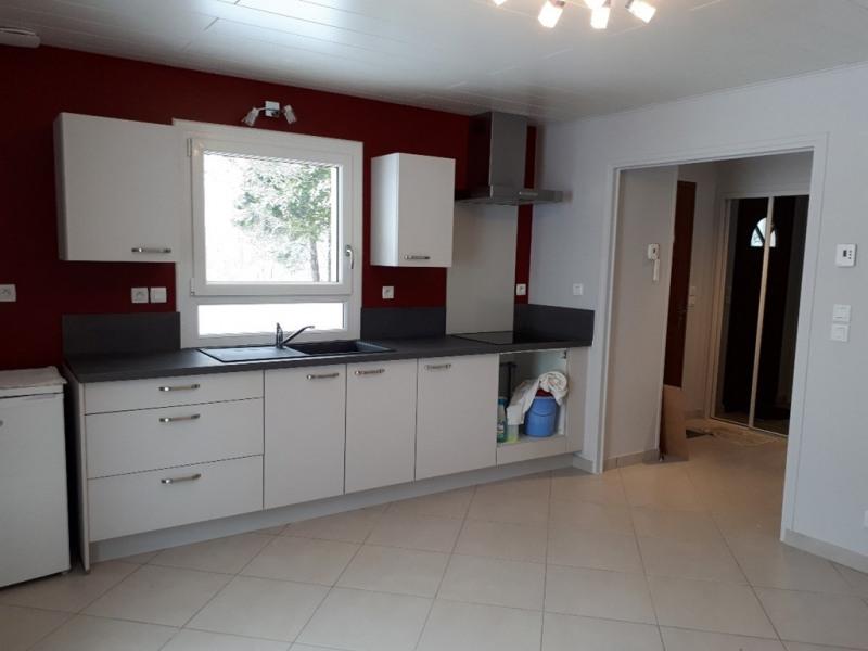 Rental house / villa Montcel 600€ CC - Picture 3