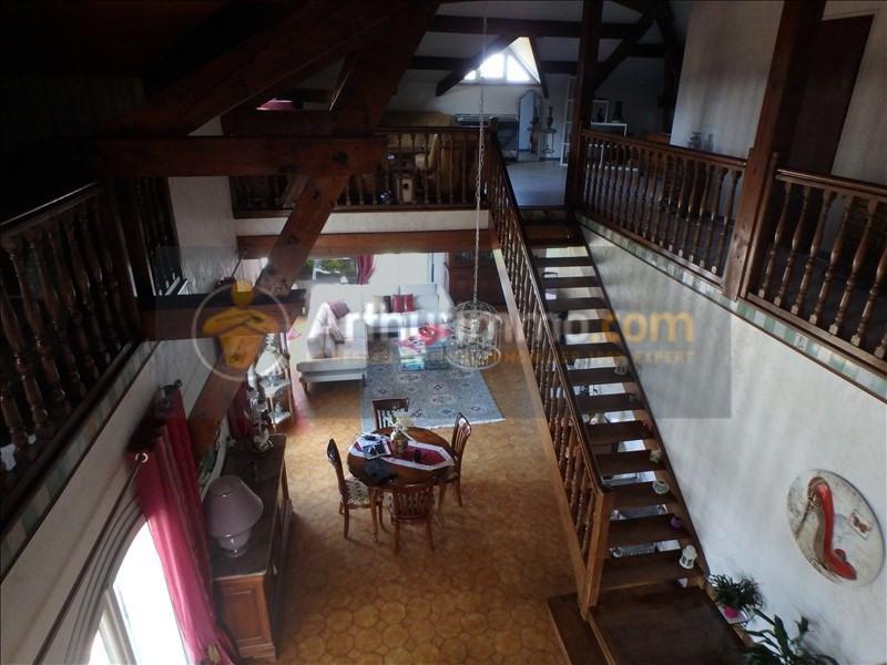 Vente maison / villa St etienne du bois 305000€ - Photo 10
