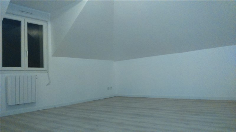 Rental apartment Disctric de sens 750€ CC - Picture 3