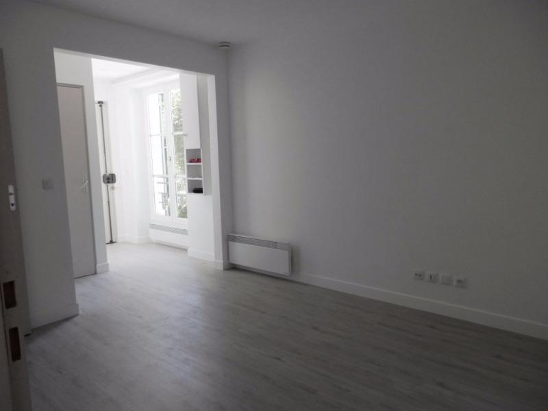 Rental apartment Saint germain en laye 990€ CC - Picture 2