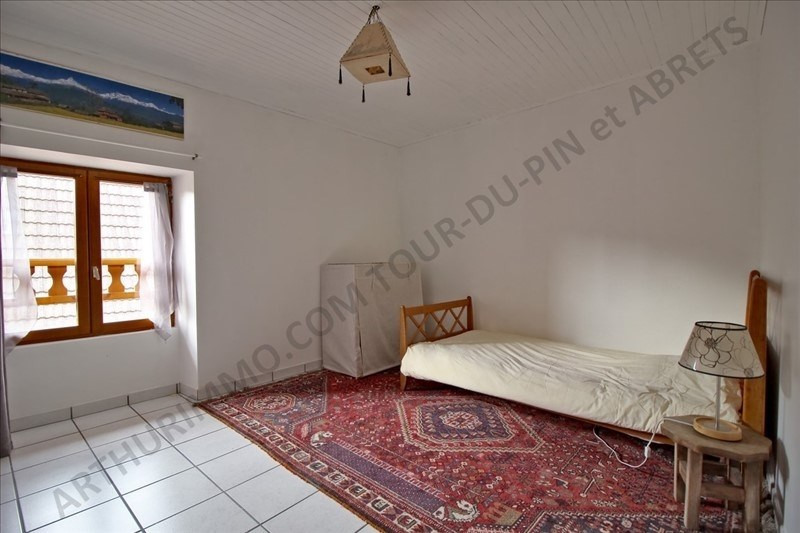 Vente maison / villa Les abrets 159 000€ - Photo 7