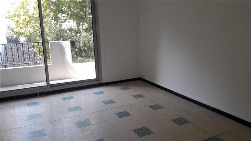Rental apartment Marseille 5ème 830€ CC - Picture 2