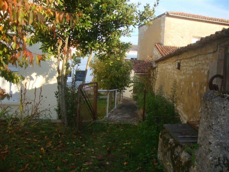 Vente maison / villa Saint-jean-d'angély 94100€ - Photo 6