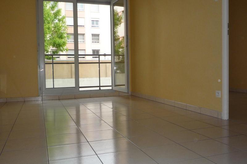 Location appartement Dijon 460€ CC - Photo 2