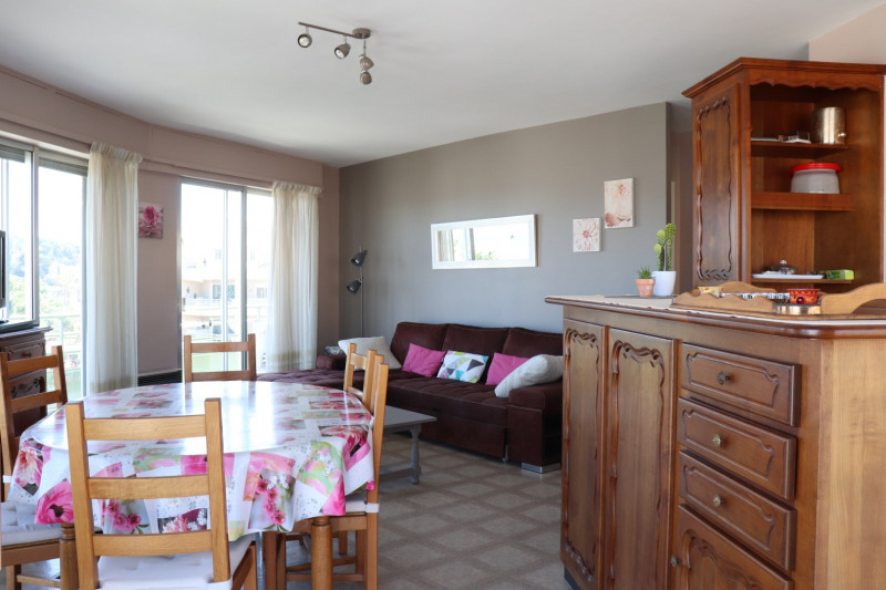 Vacation rental apartment Cavalaire sur mer 400€ - Picture 5