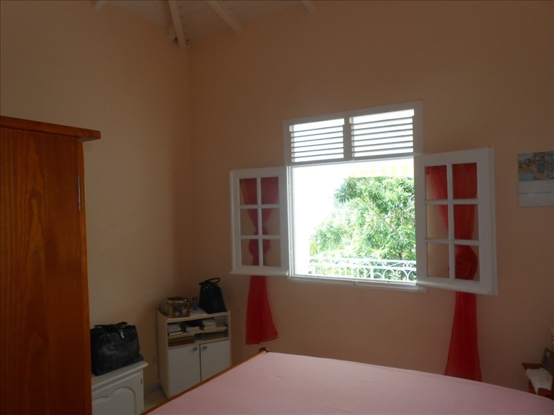 Investment property house / villa St claude 310000€ - Picture 5