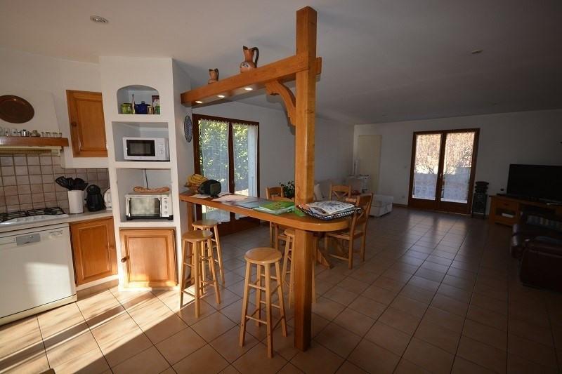 Vente maison / villa L'isle d'abeau 279000€ - Photo 2
