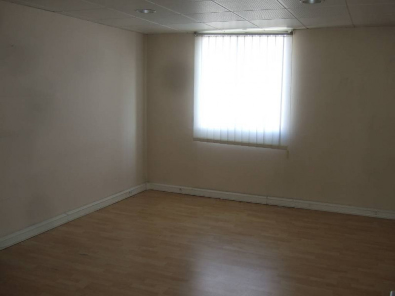 Location bureau Avignon 5 500€ CC - Photo 9