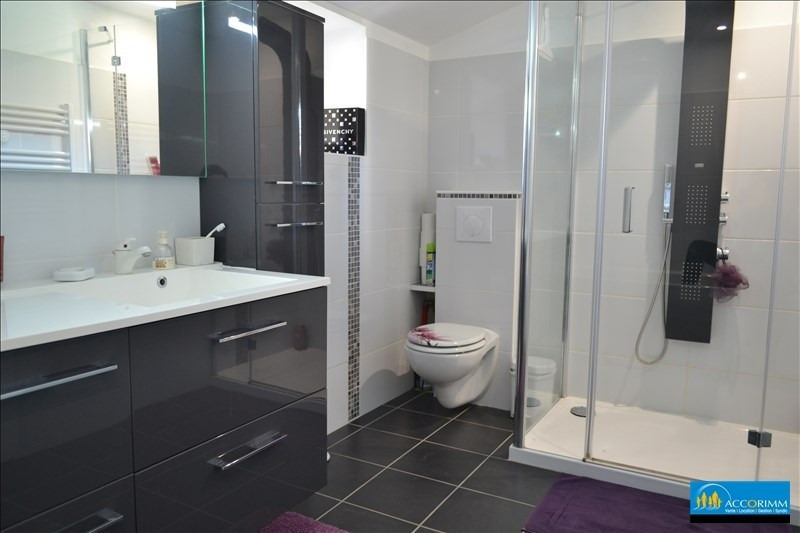 Vente de prestige maison / villa St just chaleyssin 540000€ - Photo 9