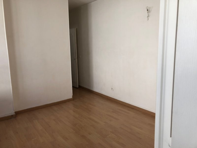 Rental apartment Montreuil 1048€ CC - Picture 7