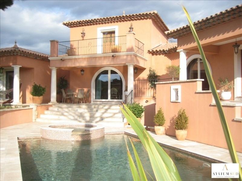 Deluxe sale house / villa St raphael 990000€ - Picture 1