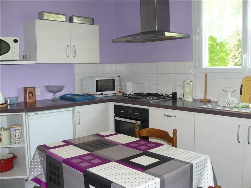 Sale house / villa Josselin 109000€ - Picture 4