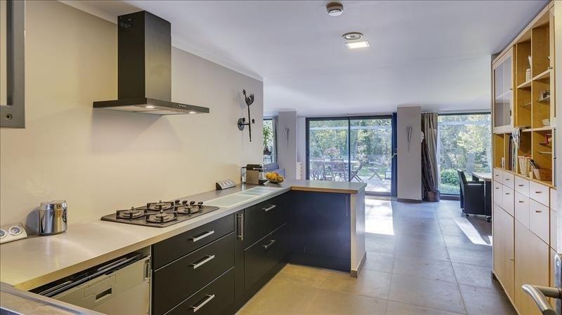 Deluxe sale house / villa Rousset 695000€ - Picture 2