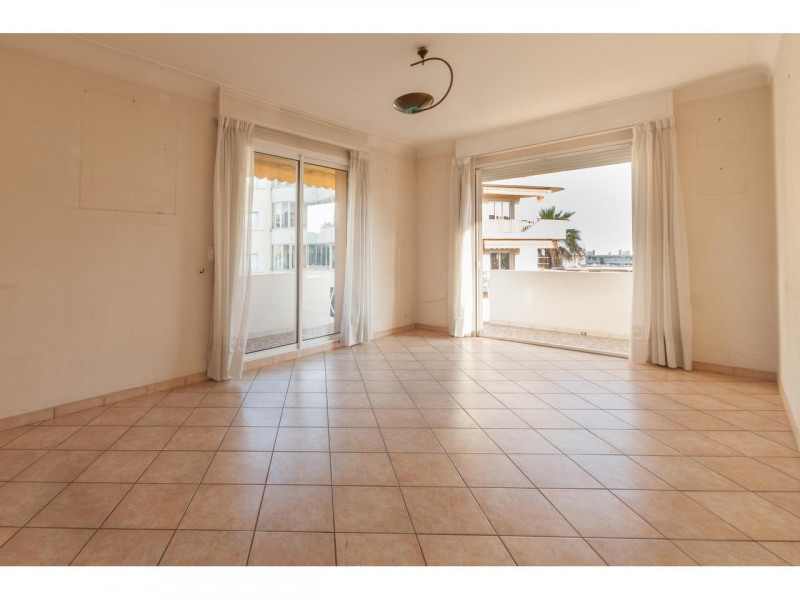Location appartement Nice 1 220€ CC - Photo 3
