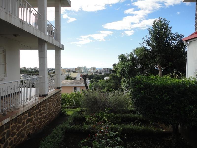Vente maison / villa St denis 320000€ - Photo 2