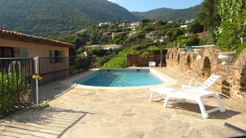 Sale house / villa Cavalaire 750000€ - Picture 2