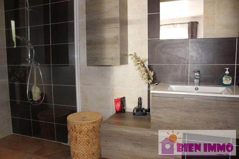 Sale house / villa L eguille 329800€ - Picture 8