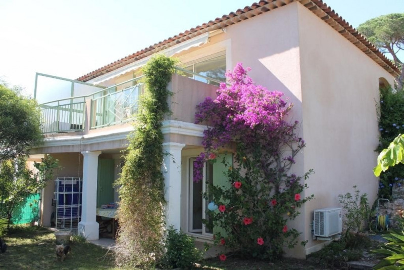 Sale apartment Ste maxime 369000€ - Picture 1