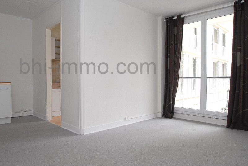 Location appartement Versailles 675€ CC - Photo 1