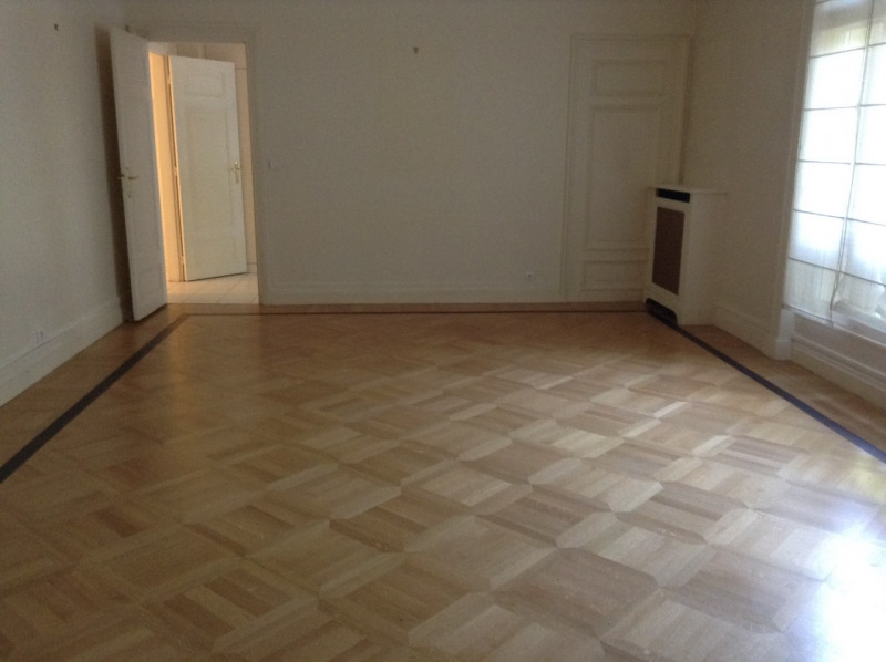 Location appartement Paris 17ème 7 000€ CC - Photo 5