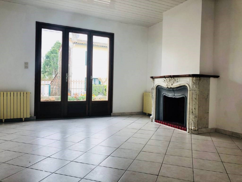 Rental house / villa Libourne 750€ CC - Picture 1
