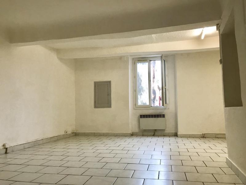 Rental apartment Saint maximin la sainte ba 450€ CC - Picture 2