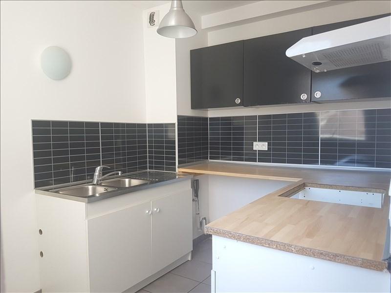 Location appartement Toulon 760€ CC - Photo 2