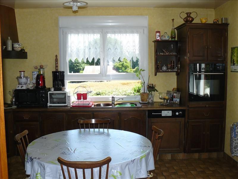 Sale house / villa Guegon 252000€ - Picture 7