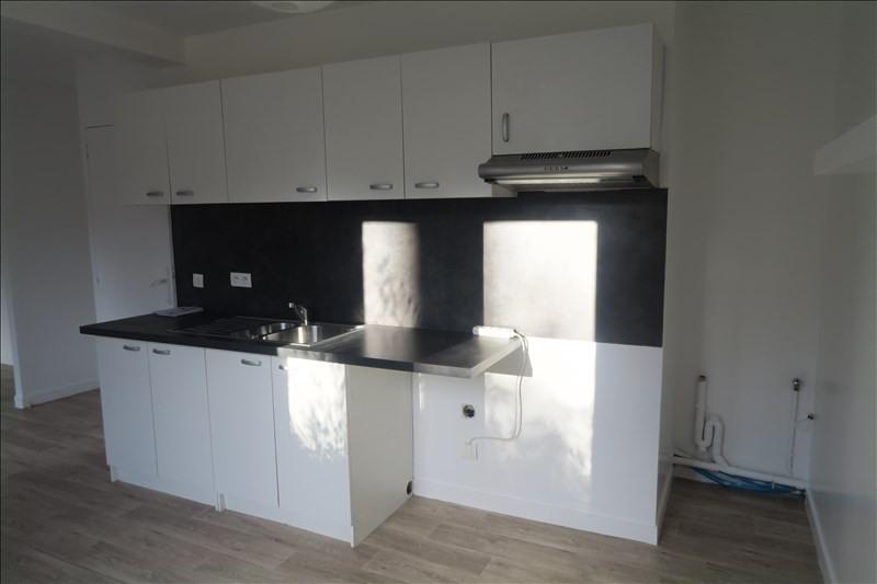 Rental apartment Ste genevieve des bois 975€ CC - Picture 3