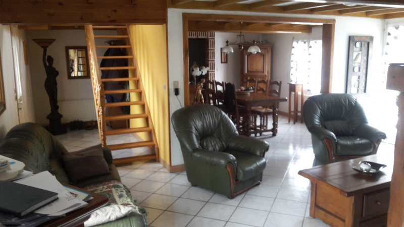 Sale house / villa Prox renescure 177500€ - Picture 2