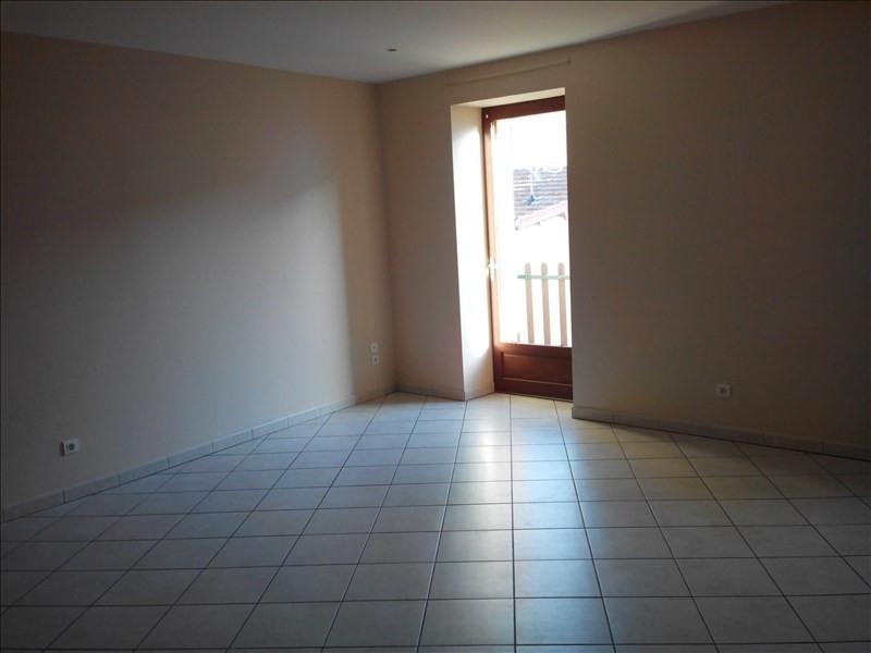 Location appartement Pontcharra sur turdine 485€ CC - Photo 2