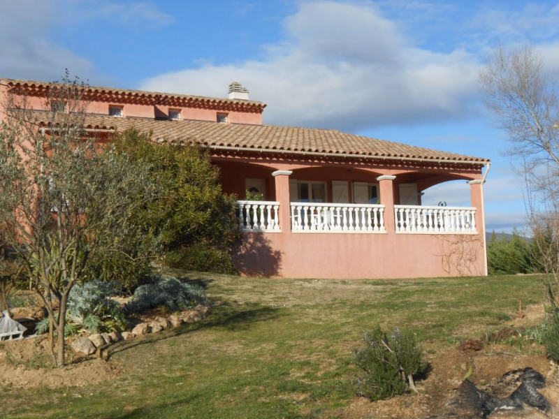 Sale house / villa Salernes 425000€ - Picture 1