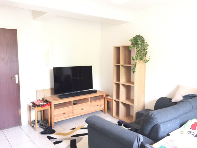 Location appartement Pierrelaye 766€ CC - Photo 2