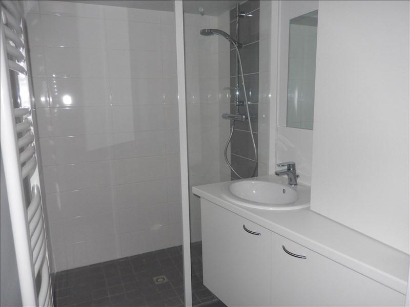Location appartement Le puy en velay 321,75€ CC - Photo 4