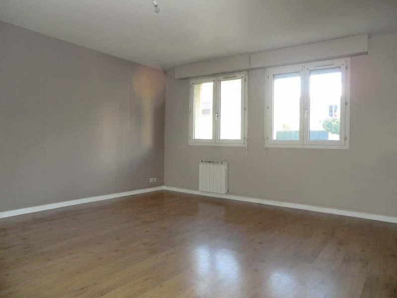 Sale apartment Lamorlaye 210000€ - Picture 2