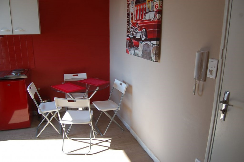 Alquiler  apartamento Avignon 450€ CC - Fotografía 2