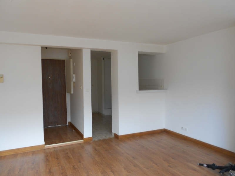 Location appartement Niort 342€ CC - Photo 2