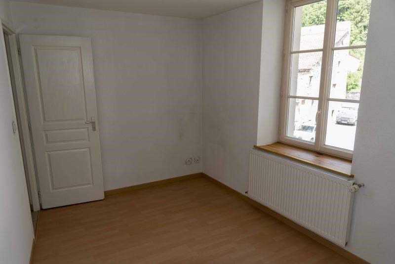Location appartement Nantua 458€ CC - Photo 4