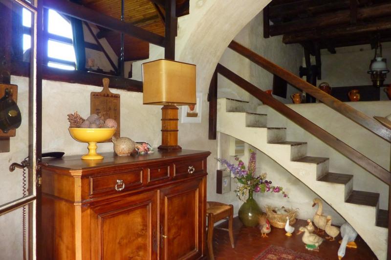 Sale house / villa Laval 269000€ - Picture 8