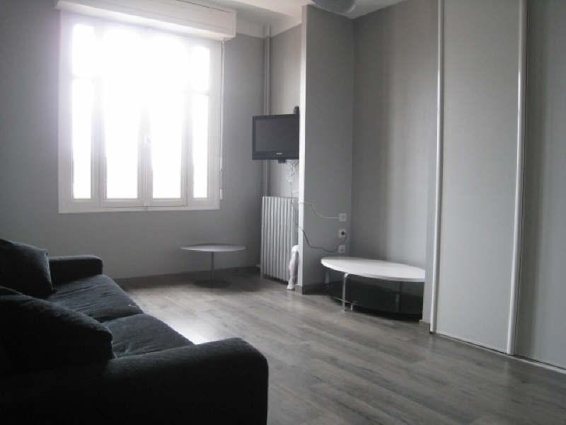 Rental apartment Carcassonne 451€ CC - Picture 1